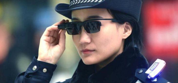 La polizia cinese si dota di occhiali con il riconoscimento facciale